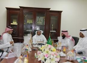 الكلية تستقبل سعادة وكيل الجامعة للشؤون التعليمية الدكتور أحمد بن علي الرميح