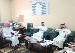 A Delegation From The Deanship Of Community Service And Continuing Education, Headed By Dr. Omar Bin Musaaed Al Sharyoufi, Pays A Visit To Faculty Of Science In Hotat Sudair