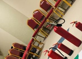 """""""السلامة"""" تنفذ دورة تدريبية للتعامل مع وسائل السلامة بالإسكان الجامعي"""